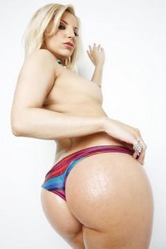 Ashley Fires - Actriz Porno